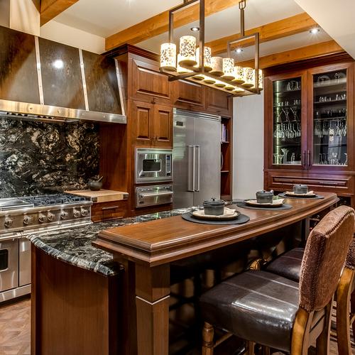 Armoire de cuisine montreal laval rive nord cuisiniste for Club piscine laval heures d ouverture
